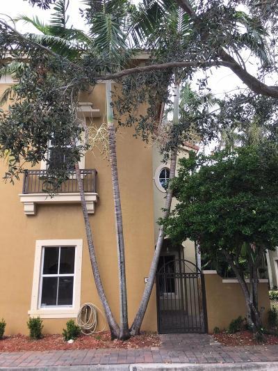 Boynton Beach Rental For Rent: 183 Lake Monterey Circle #183