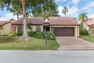 Tamarac Single Family Home For Sale: 7029 Golf Pointe Circle