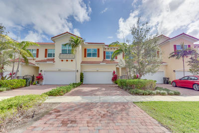Delray Beach Townhouse Contingent: 2611 Frederick Boulevard
