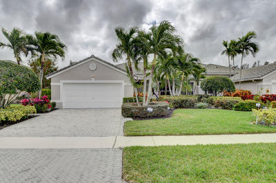 Boynton Beach Single Family Home For Sale: 8879 Brittany Lakes Drive