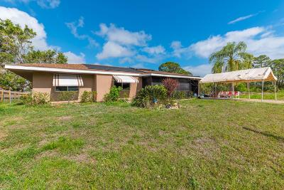 Port Saint Lucie Single Family Home For Sale: 449 SE Karney Terrace
