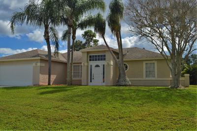 Port Saint Lucie Single Family Home For Sale: 752 SW Parker Avenue