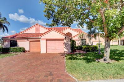Delray Beach Single Family Home For Sale: 7756 Lexington Club Boulevard #B