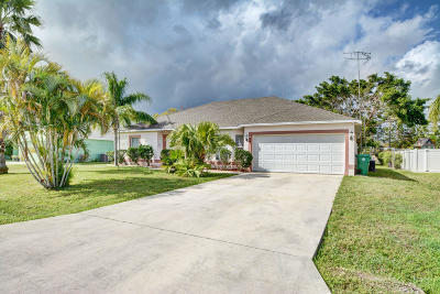 Port Saint Lucie Single Family Home For Sale: 194 NW Doreen Street