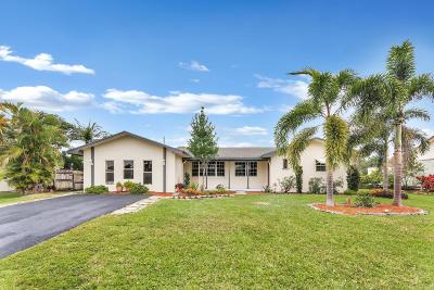 Lake Worth Single Family Home For Sale: 26 W Pine Tree Avenue