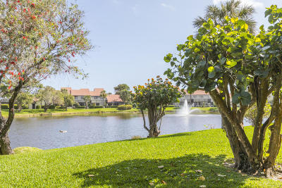 Juno Beach Condo For Sale: 403 Sea Oats Drive #B