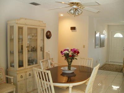 Port Saint Lucie Single Family Home For Sale: 1814 SE Burgundy Lane