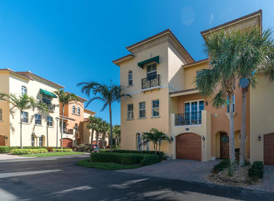 Jensen Beach Townhouse For Sale: 228 Ocean Bay Drive