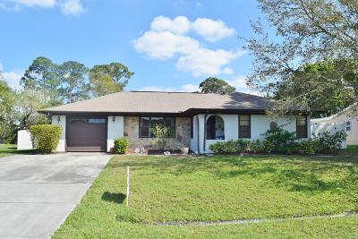 Port Saint Lucie Single Family Home For Sale: 2231 SE Aneci Street