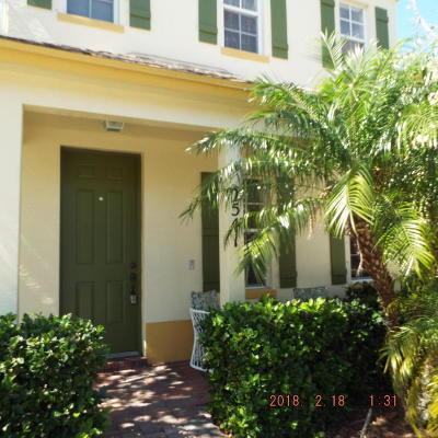 Port Saint Lucie Single Family Home For Sale: 2541 SE Pineland Drive
