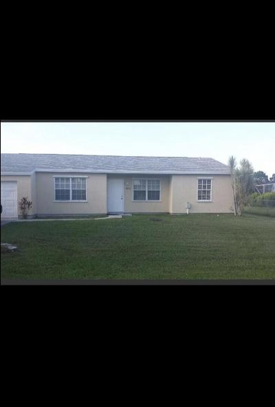 Port Saint Lucie Single Family Home For Sale: 1665 SE North Blackwell Drive