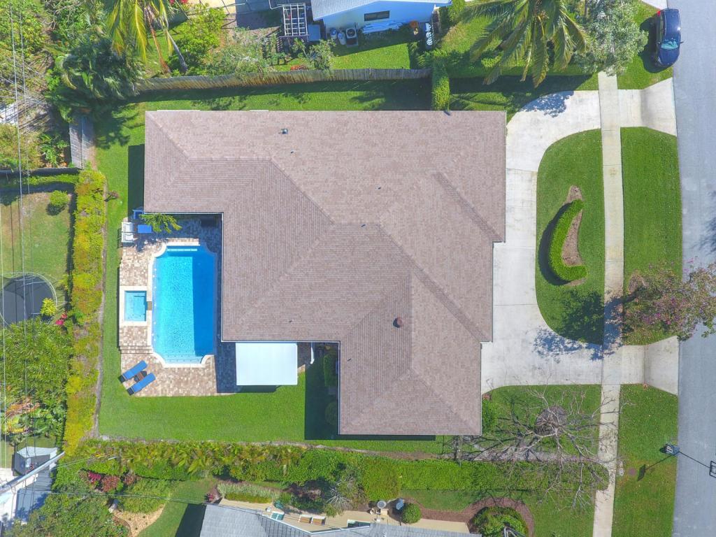 Listing: 413 Oyster Road, North Palm Beach, FL.  MLS# RX-10406831 ...