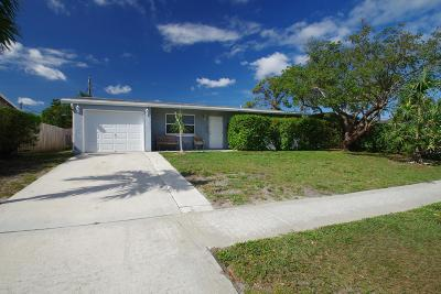 West Palm Beach Single Family Home For Sale: 1367 Meadowbrook Drive