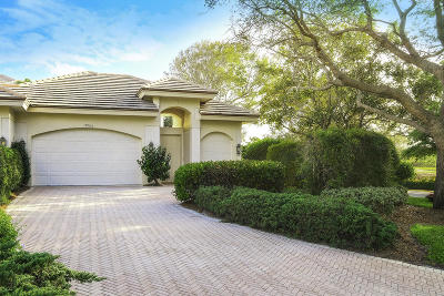 Tequesta Townhouse For Sale: 11900 SE Birkdale Run