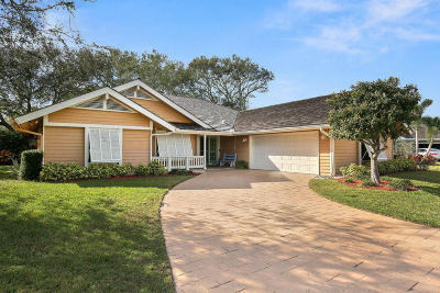 Hobe Sound Single Family Home For Sale: 10360 SE Jupiter Narrows Drive