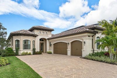 Delray Beach Single Family Home For Sale: 9783 Vitrail Lane