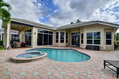 West Palm Beach Single Family Home For Sale: 8973 Lakes Boulevard