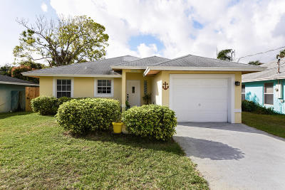 Jupiter Single Family Home For Sale: 6856 4th Street