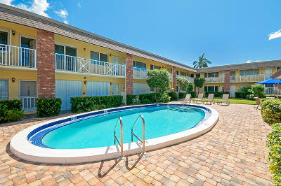 Delray Beach Condo For Sale: 1001 NE 8th Avenue #212