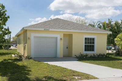 West Palm Beach Single Family Home For Sale: 2540 Hiawatha Avenue