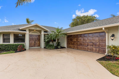 Hobe Sound Single Family Home For Sale: 8153 SE Orchard Terrace