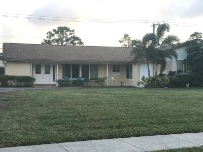 Lake Worth Single Family Home For Sale: 7366 Saint Andrews Road