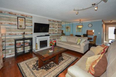 Boynton Beach Condo For Sale: 2601 NE 3rd Court #309