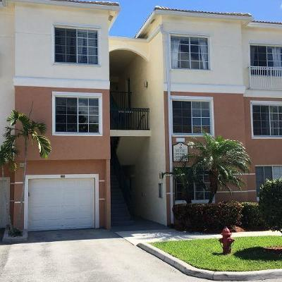 Palm Beach Gardens Condo For Sale: 2208 Myrtlewood Circle E