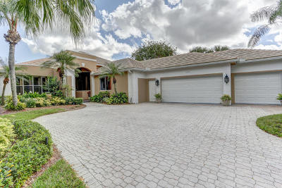 Palm City Single Family Home For Sale: 2504 SW Longwood Drive