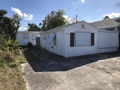 Lake Worth Single Family Home For Sale: 1156 Highview Road