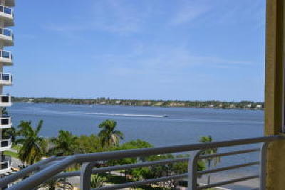 West Palm Beach Condo For Sale: 1551 Flagler Drive #702