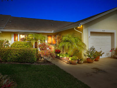 Hobe Sound Single Family Home Contingent: 11072 SE SEa Pines Circle