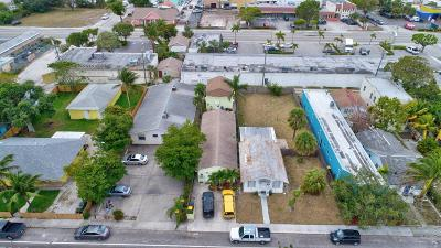 Lake Worth Multi Family Home For Sale: 419 S J Street
