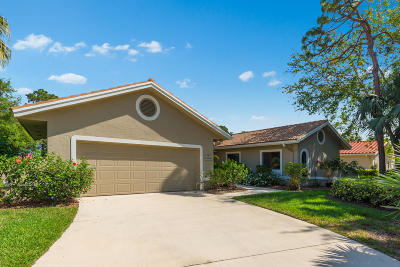Palm City Single Family Home For Sale: 1590 NW Sweetbay Circle