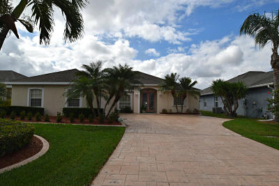 Jensen Beach Single Family Home For Sale: 348 NW Emilia Way