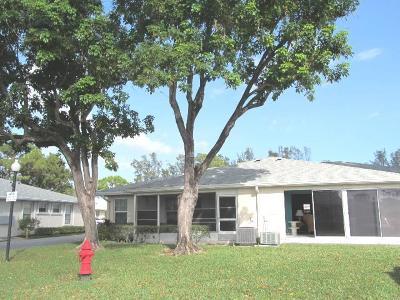 Lake Worth Condo For Sale: 366 Bennington Lane #B