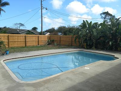 Single Family Home For Sale: 182 NE Greenbrier Avenue