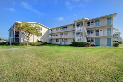 Boynton Beach Condo For Sale: 350 E Horizons #307