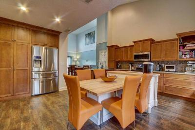 Townhouse For Sale: 1358 Fountain View Blvd