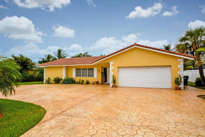 Boca Raton Single Family Home For Sale: 653 NW 10th Court