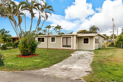 West Palm Beach Single Family Home For Sale: 1913 Calico Road
