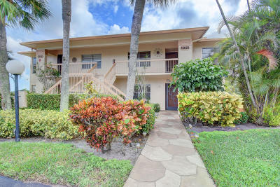 Delray Beach Condo For Sale: 5860 Sugar Palm Court #C