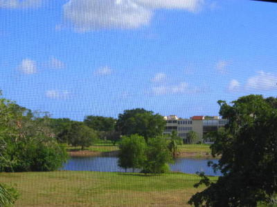 Delray Beach Condo For Sale: 7260 Kinghurst Drive #308