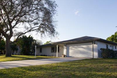 Fort Pierce Single Family Home For Sale: 1102 Heron Avenue
