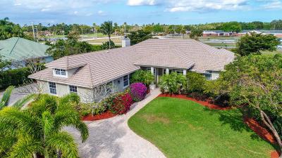 Wellington Single Family Home For Sale: 15410 Meadow Wood Drive