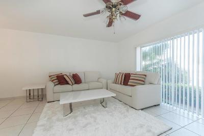 South Palm Beach Condo Sold: 4501 S Ocean Boulevard #B2