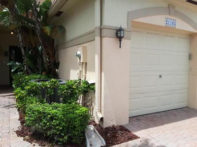 Townhouse For Sale: 21163 Via Eden