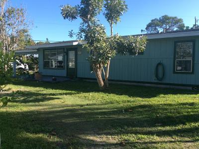 Hobe Sound Single Family Home For Sale: 8080 SE Camellia Drive