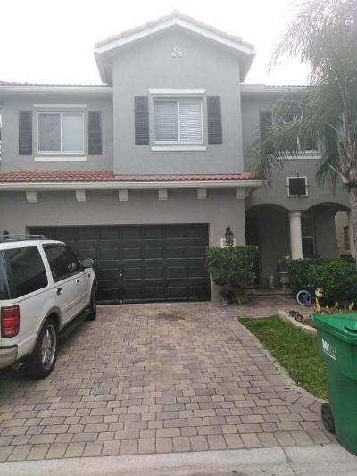 Riviera Beach Single Family Home For Sale: 1265 Rosegate Boulevard