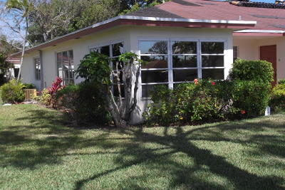 delray beach Single Family Home For Sale: 5045 NW 3rd Street #a